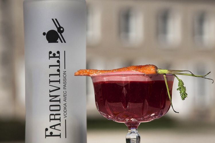 <b>FARONVILLE, une vodka en Beauce 100% locale</b>