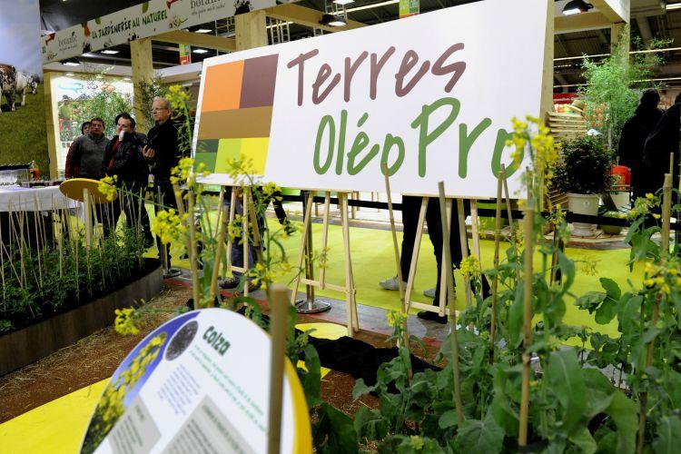 <b>TERRES OLEOPRO Soutenir l'agriculture</b>
